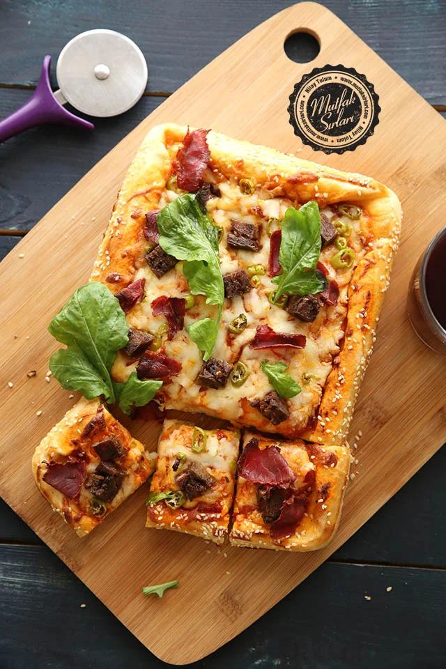 Ramazan Pizzası – Mutfak Sırları –  Pratik Yemek Tarifleri