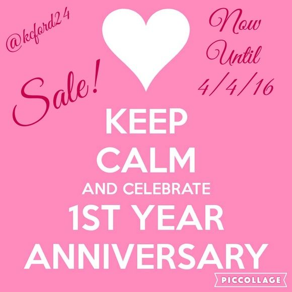 ✨1 YEAR ANNIVERSARY SALE ✨ I would like to Thank all of my PFF's with 25% off 2 Items or more!!  All Bags