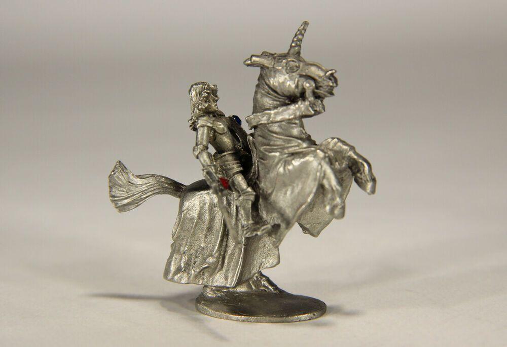 L010194 Vintage 1979 Ral Partha Pewter Figure / Knight On