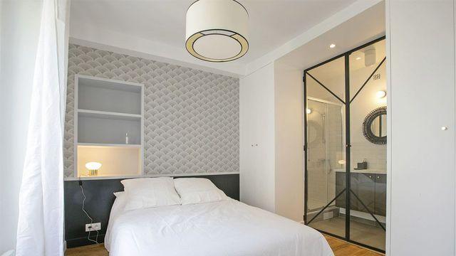 suite parentale chambre avec salle de bains plan dressing new chambre pinterest. Black Bedroom Furniture Sets. Home Design Ideas