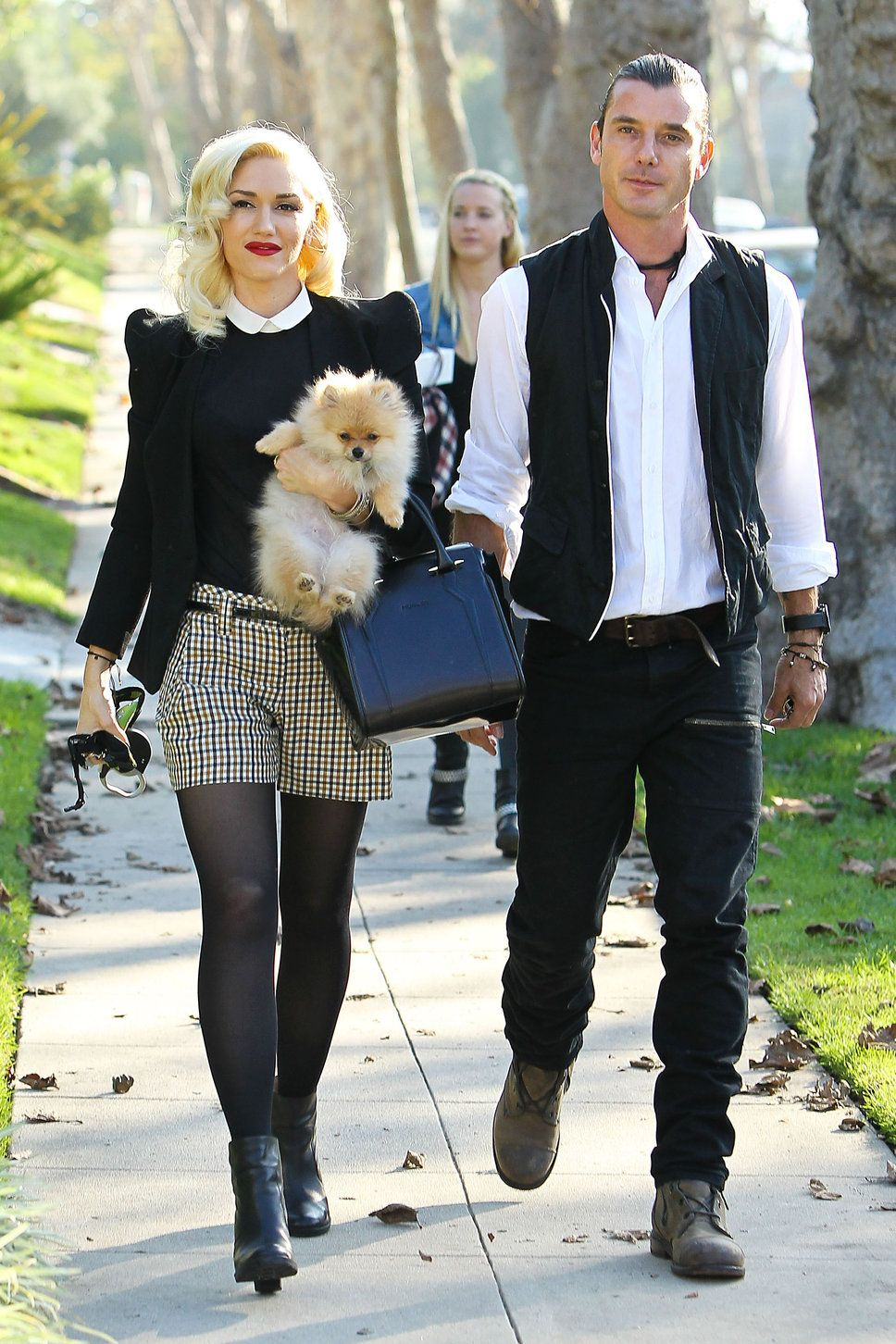 Gwen Stefani Arrives At Her Parents Home With Gavin Rossdale