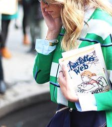 Threads Styling - Street Style - Charlotte Olympia Clutch - Giambattista Valli Couture 2014