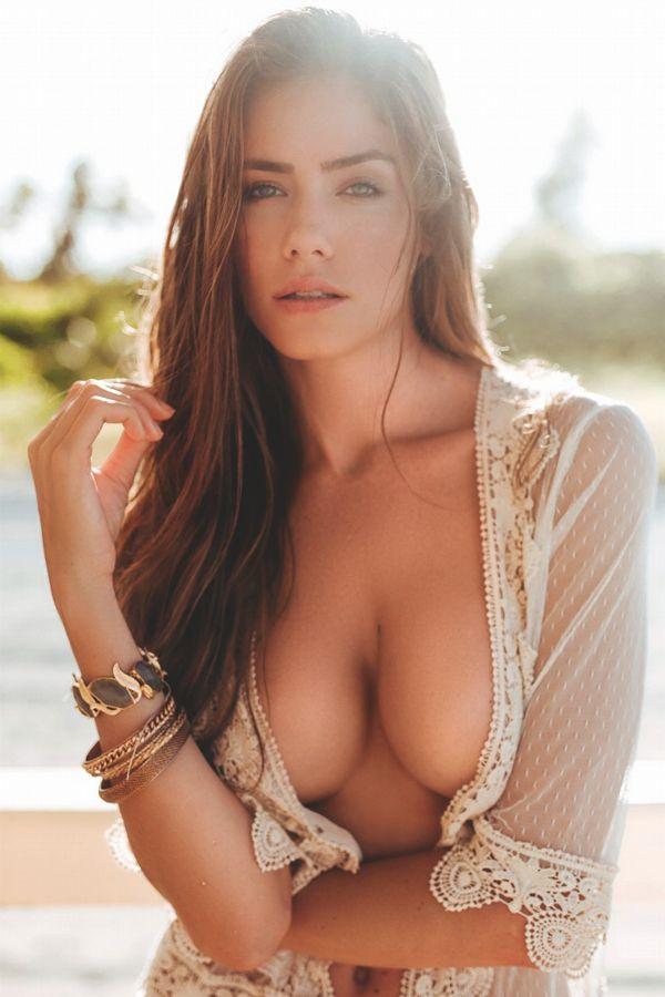 Perfect tits contest