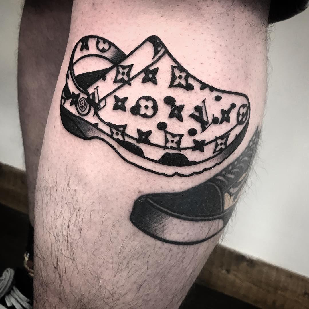"65cbd84e8 Louis Vuitton croc tattoo ✽Holli Hatton-Taylor✽ on Instagram: ""Louis Vuitton  croc for @samuelthomasholmes 🖤✨ Defintely one of the best tattoos I'll  ever ..."