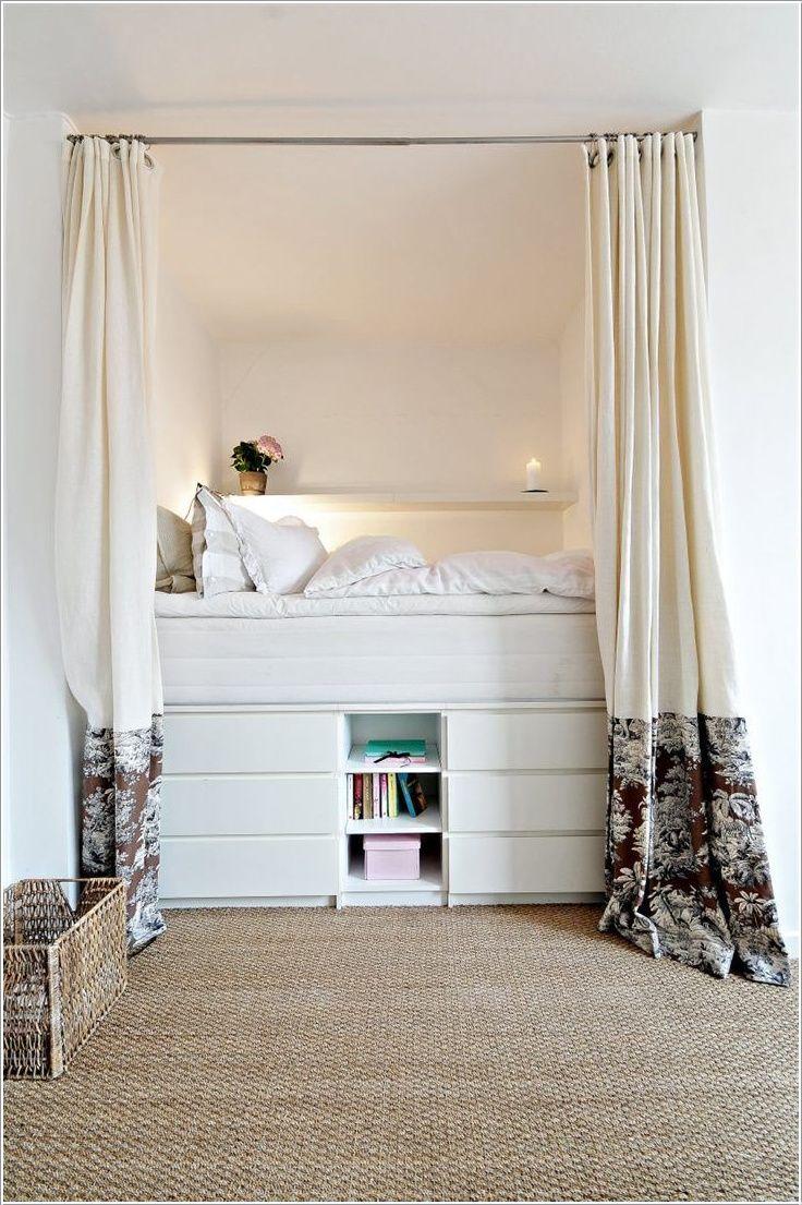 un lit en hauteur pos sur des commodes ikea chambre d. Black Bedroom Furniture Sets. Home Design Ideas