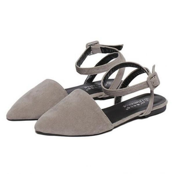 Korea Hollow-Out Pure Color Suede Pointed Toe Square Heel Flats ($10.50) http://www.clubwholesale.net/shoes/flats
