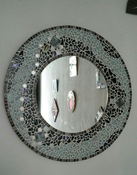 Espejo mosaico redondo 70 cm di metro rosanaceravitro for Espejo 70 mendoza