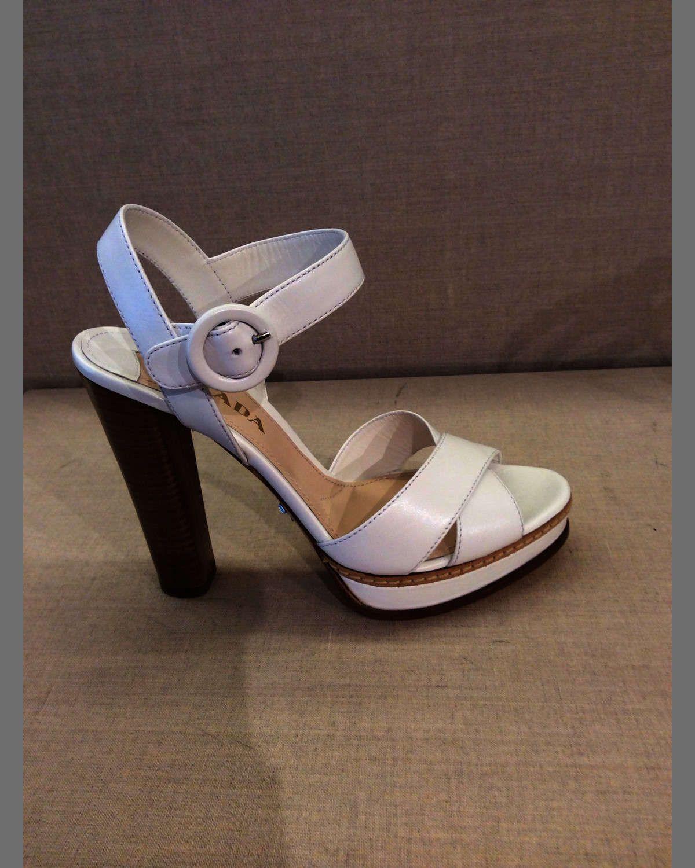 Leather Crisscross Sandal