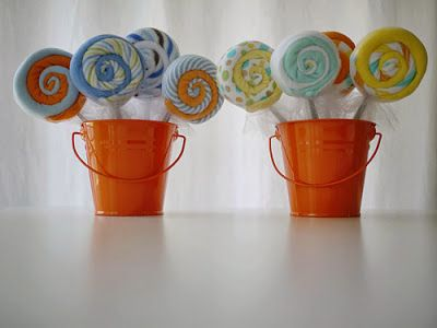greatjencreations: Tutorial: Making Baby Washcloth Lollipops.