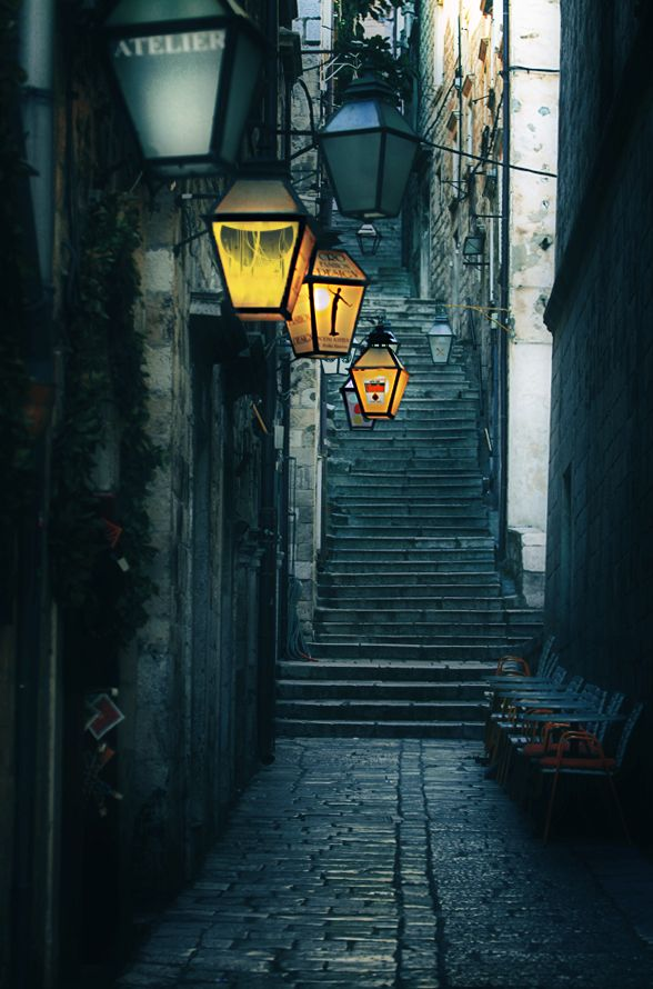 astonishing unique street lighting | Dubrovnik by Magdalena Szurek in 2019 | Street lamp ...