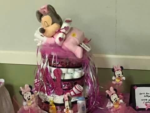 Minnie babyshower diaper cake