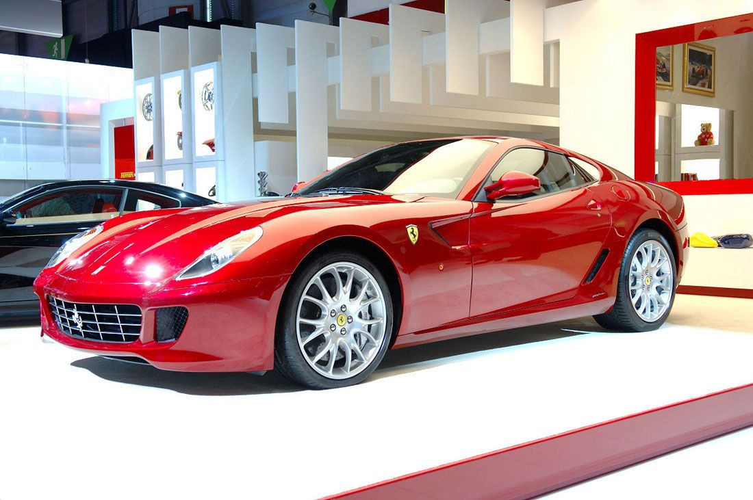 Sports Car: Ferrari Cars Hit Share If You Like! #Cars #Red #