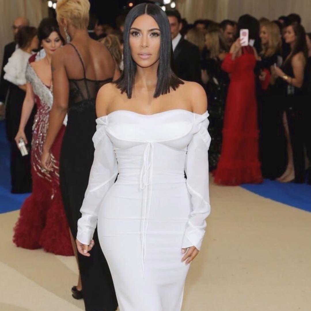 Kim Kardashian attends the 2017 Met Gala Photos