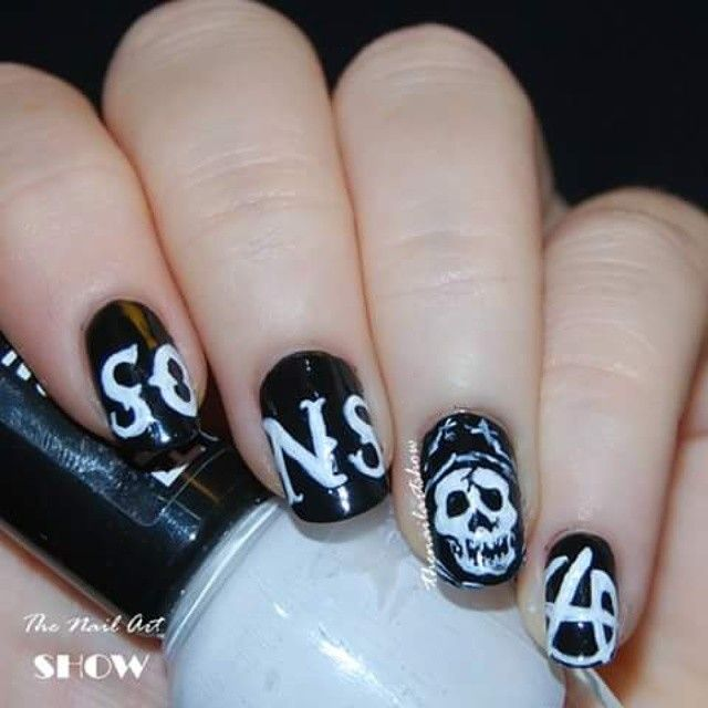 Buff And Polish Sons Of Anarchy Inspired Biker Nail Art With Skull