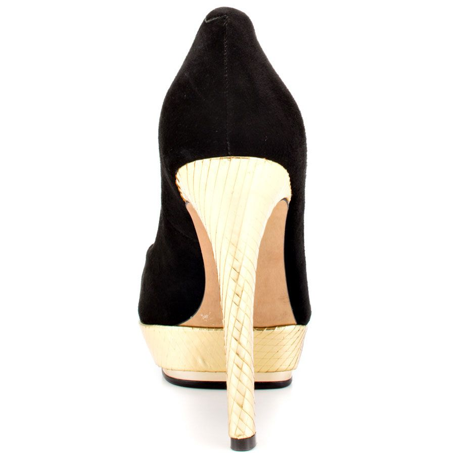 Dacoma Black Winter Gold Vince Camuto 129 99 Shoes