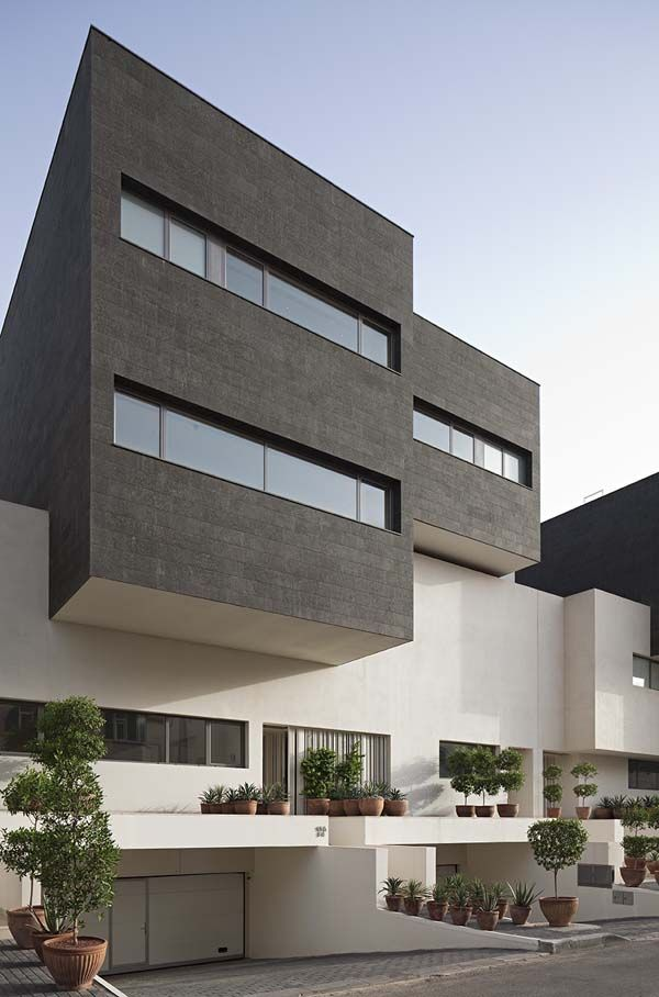 Black & White House in Yarmouk, Kuwait designed by AGi Architects A on south asia houses design, malaysia houses design, oman houses design, liberia houses design, cayman islands houses design, thailand houses design, italy houses design, pakistan houses design, india houses design, uganda houses design, korea houses design, philippines houses design, taiwan houses design, syria houses design, israel houses design, mexico houses design, dubai houses design,