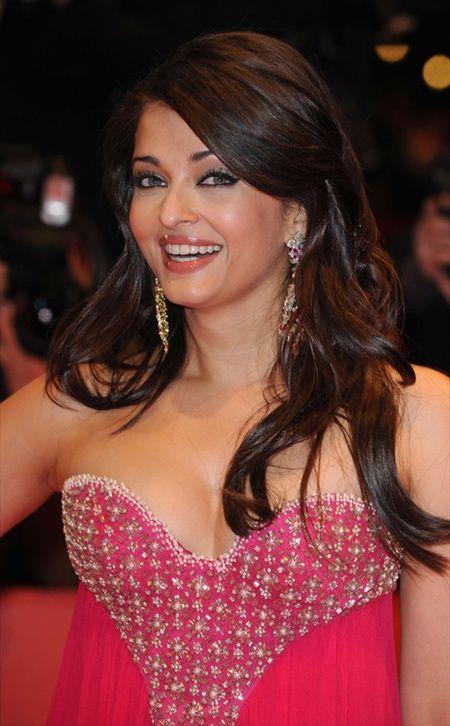 Bollywood actress aishwarya rai boobs the question