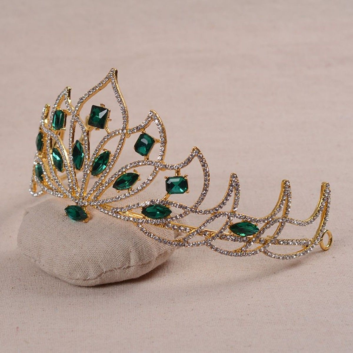 Braut Diadem Tiara Carmen Grün | Crystal tiaras, Princess