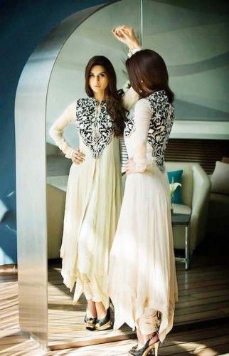 Pin von Pakifashion.com auf Pakistani Dresses Online | Pinterest