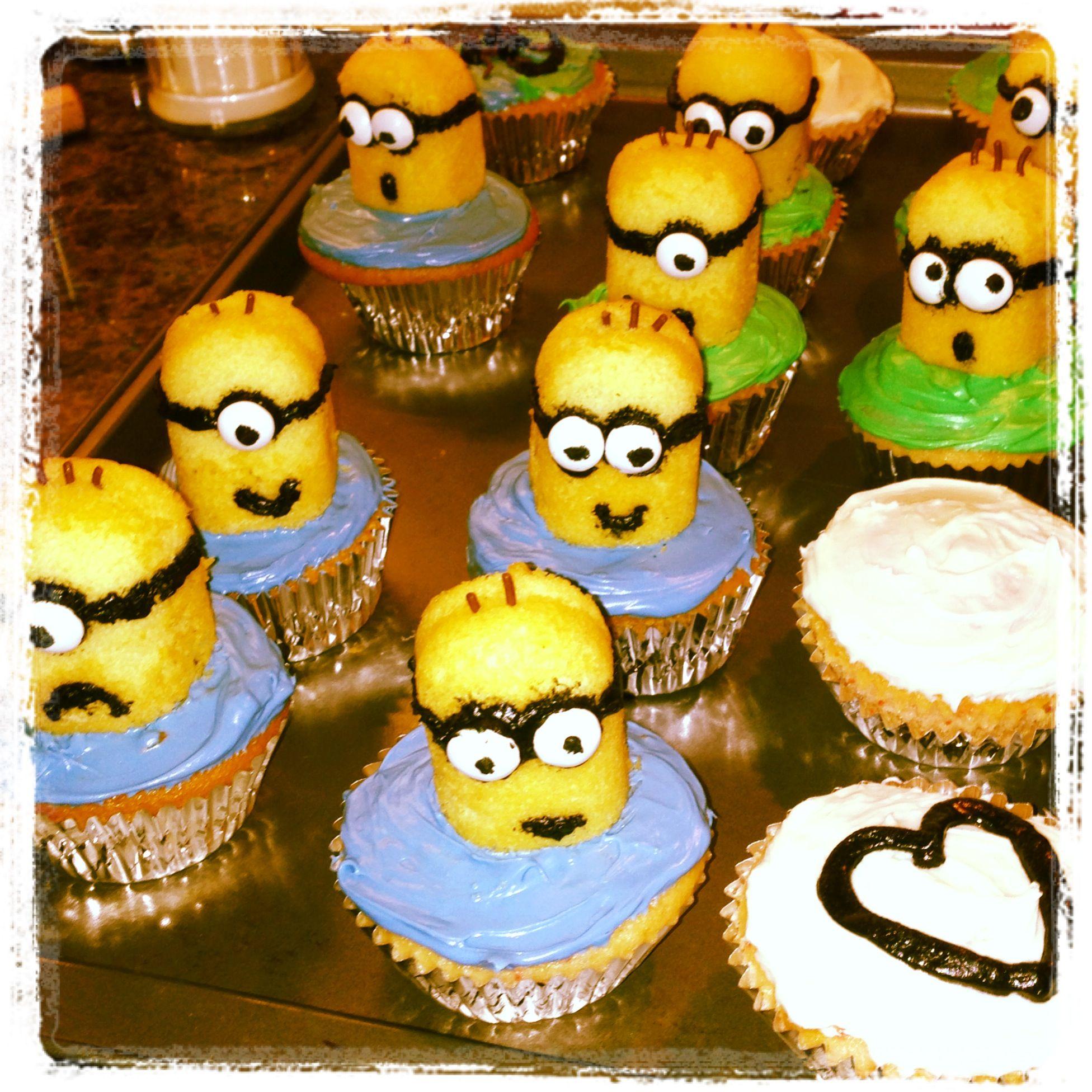 Cupcake Home Decor: Minion Cupcakes! Cake Mix, Twinkies, Sprinkles, Food