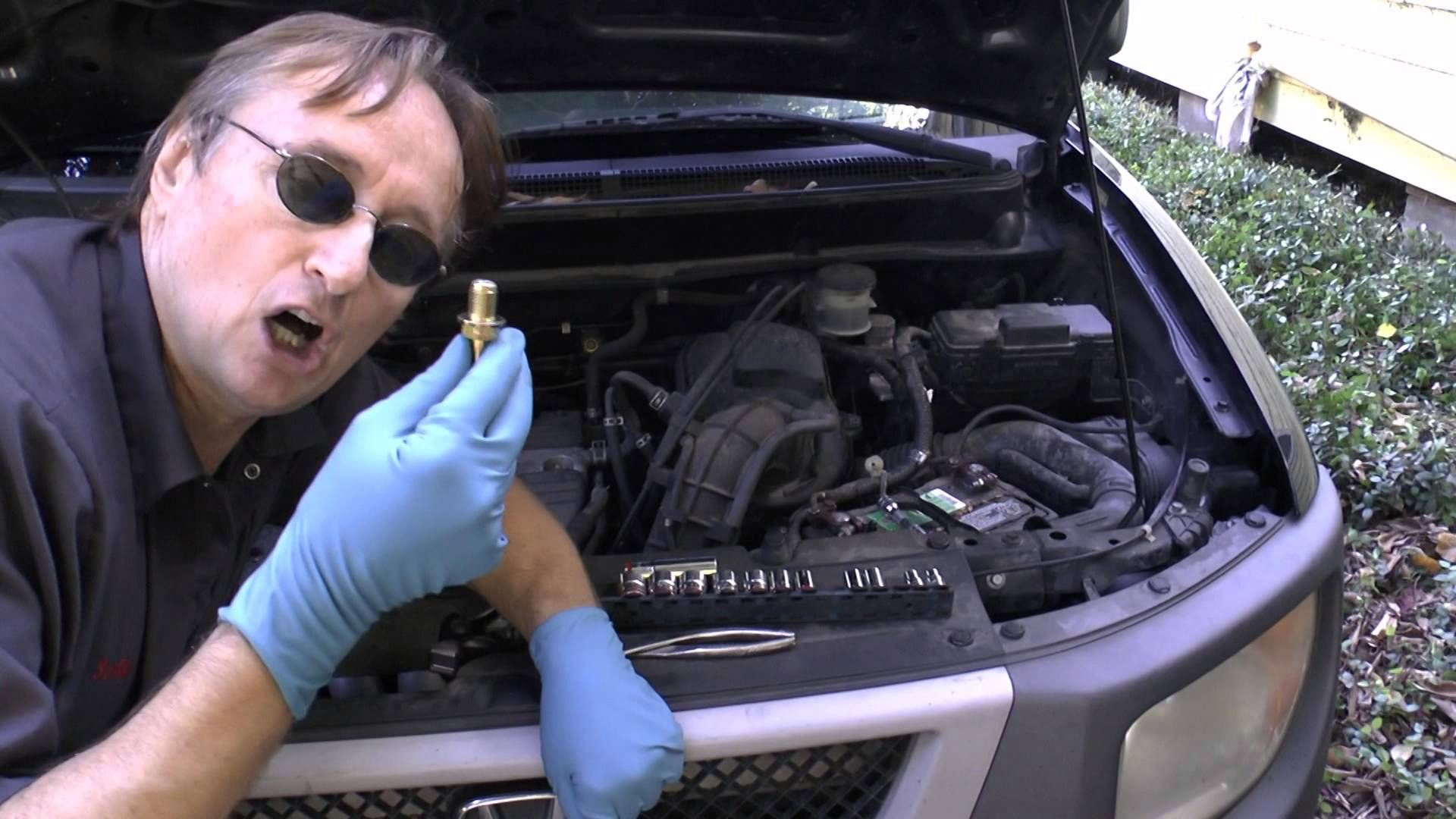 Fixing An Oil Burning Engine For 10 Bucks Tips Preps Related Car Cleaning Hacks Truck