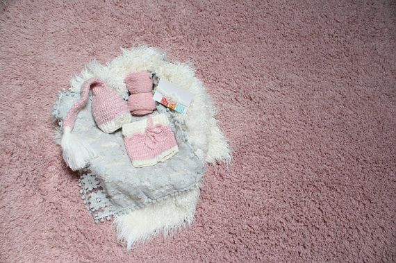 I want this Newborn studio set for Baby J.