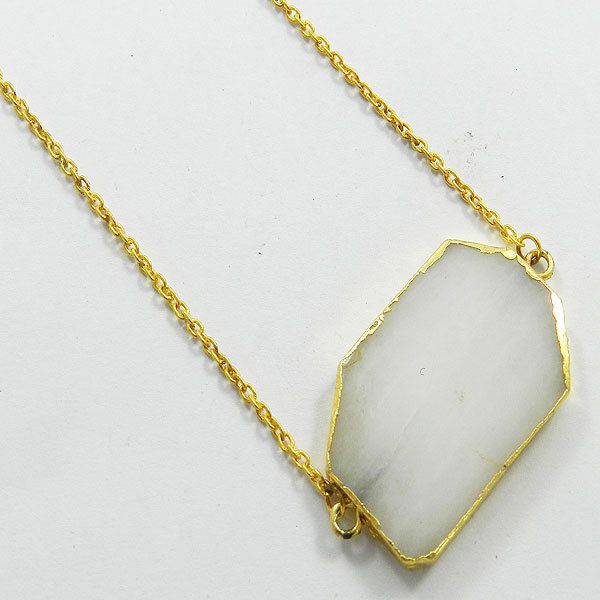 White Agate gem gold electroplated brass chain pendant necklace gift jewellery #Handmade #Chain #Magicalcollection #Gemstone #Necklace Jewelry #Sterling Silver #Necklace