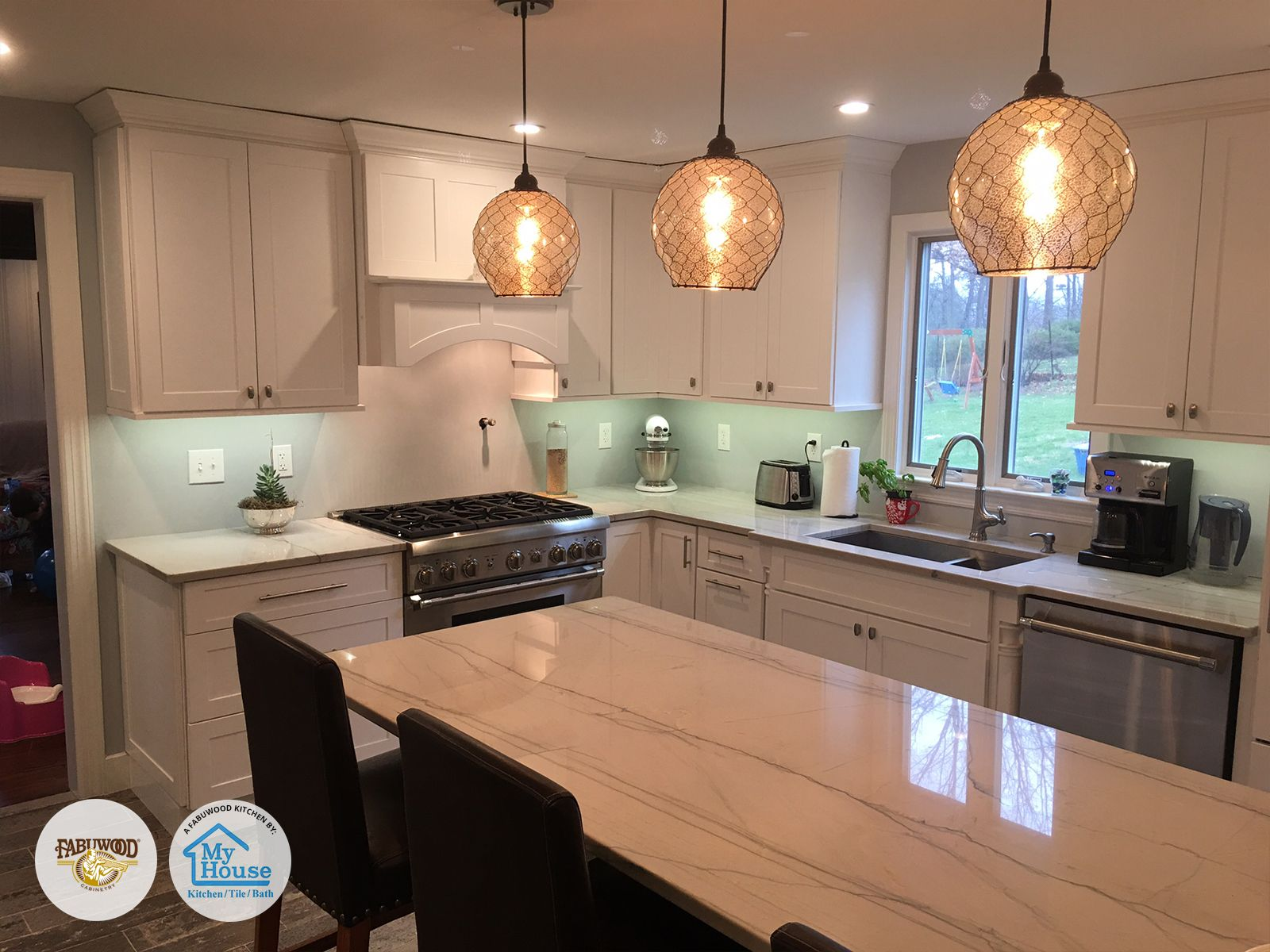 From The Beautiful Lighting To The Spectacular Backsplash My House Kitchen Tile Bath Located In Union With Images Fabuwood Cabinets Kitchen Cabinetry Kitchen Remodel