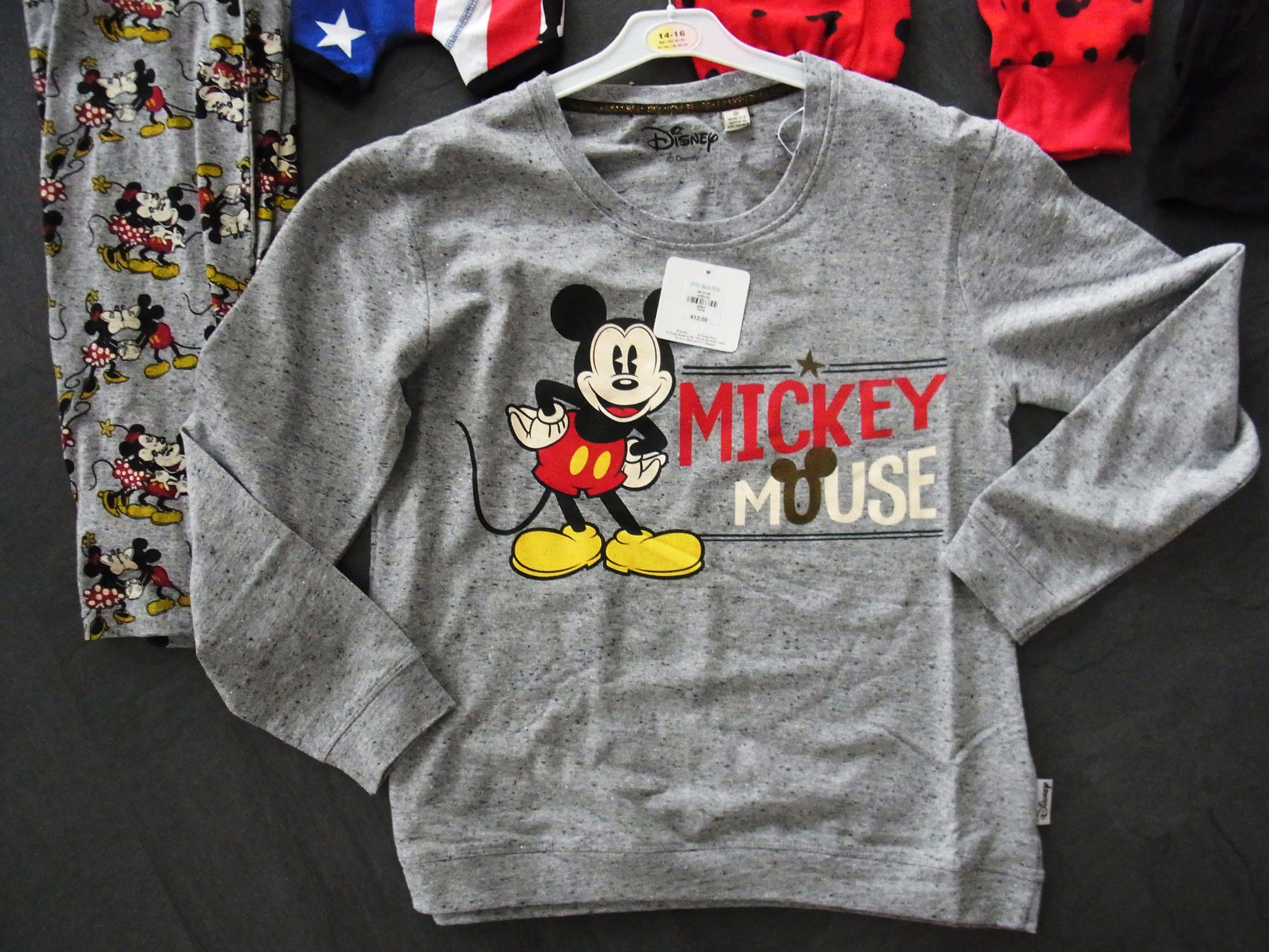 ecff76b7ea226 Primark Love to Lounge Mickey Mouse Pyjama Sweater