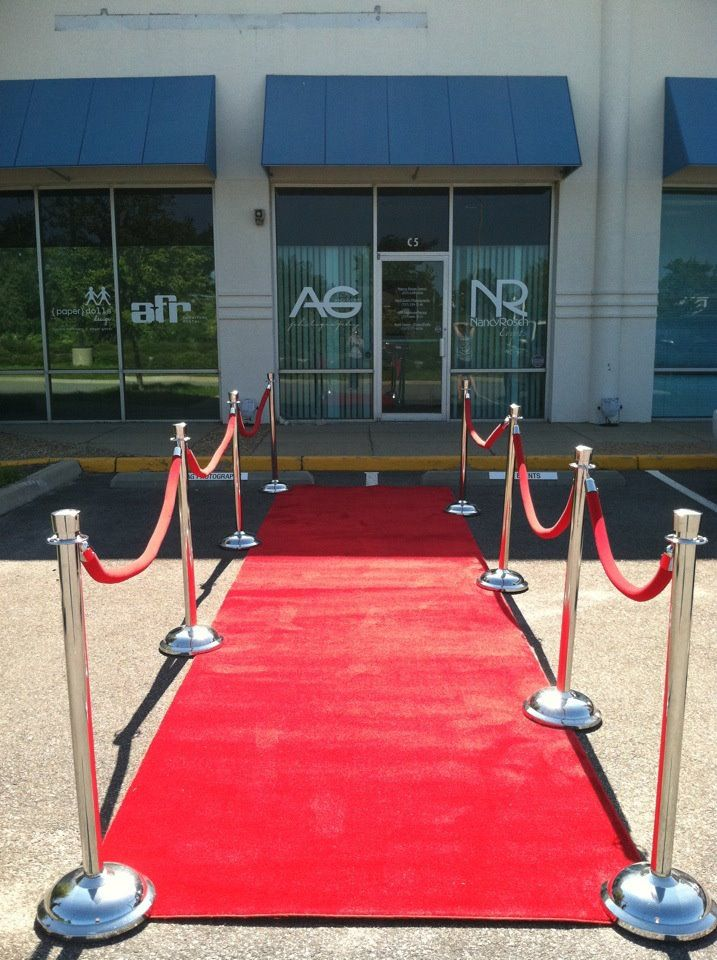 Red Rope Stanchions For Front Entrance Two Entries One For Vip One For General Admission Red Carpet Grand Opening Red Carpet Runner Hallway Carpet Runners