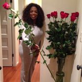 Oprah Winfrey Receiving One Dozen Of The Ultimate Rose S 5 6 Foot Ultimate Red Roses For Her Birthday Birthday Roses Birthday Flowers Roses For Her