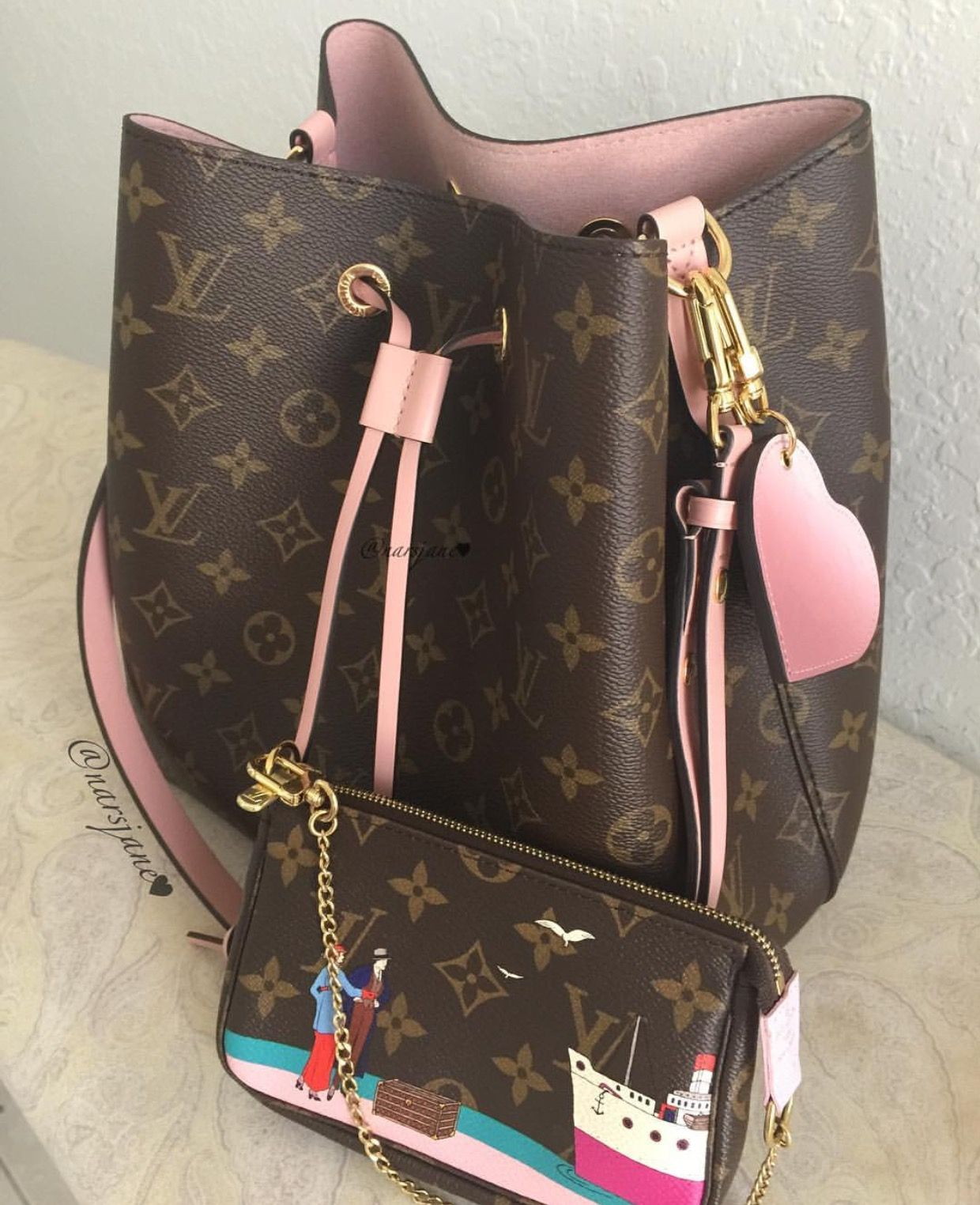 cc7bfe51dfad Louis Vuitton with pastel pink  Luxurydotcom   Bag Addiction   Louis ...