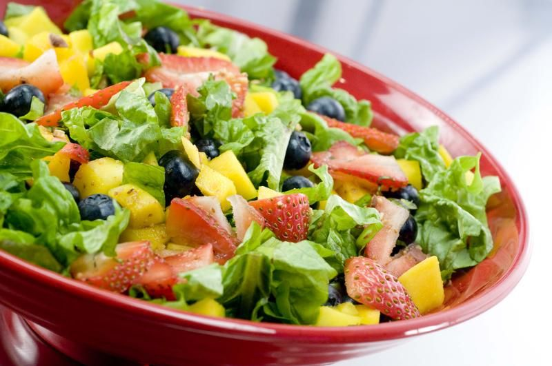 Spinach salad diet weight loss