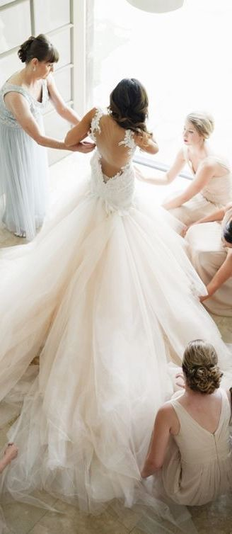 Pin by Nanzui Palomino Francioli on OLD WORLD INSPIRED WEDDINGS are ...