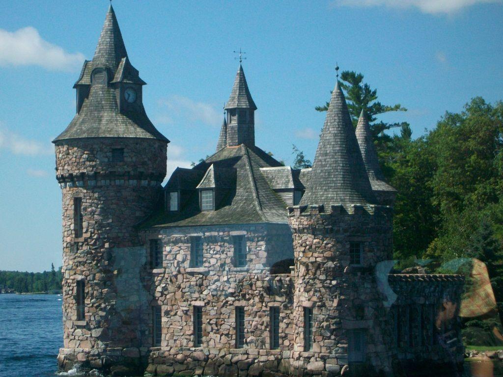 wonderful castle in canada favorite places spaces. Black Bedroom Furniture Sets. Home Design Ideas