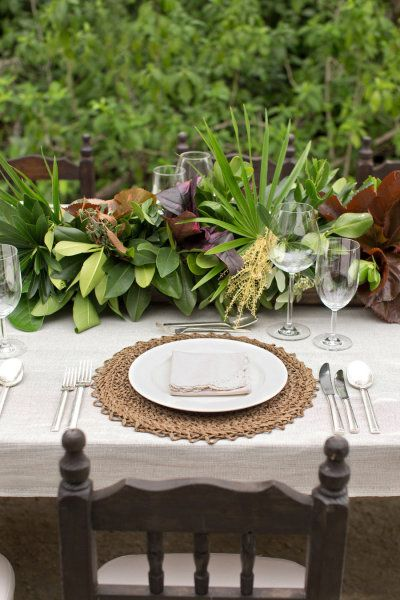 Mayakoba Rehearsal Dinner From Aaron Delesie Lisa Vorce Mindy Rice Wedding Table Settings Wedding Table Wedding Centerpieces Diy