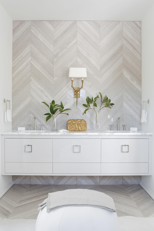 Bathroom Renovations Kingston Ontario: Melanie Turner Interiors // Kingston Cottages // Rosemary