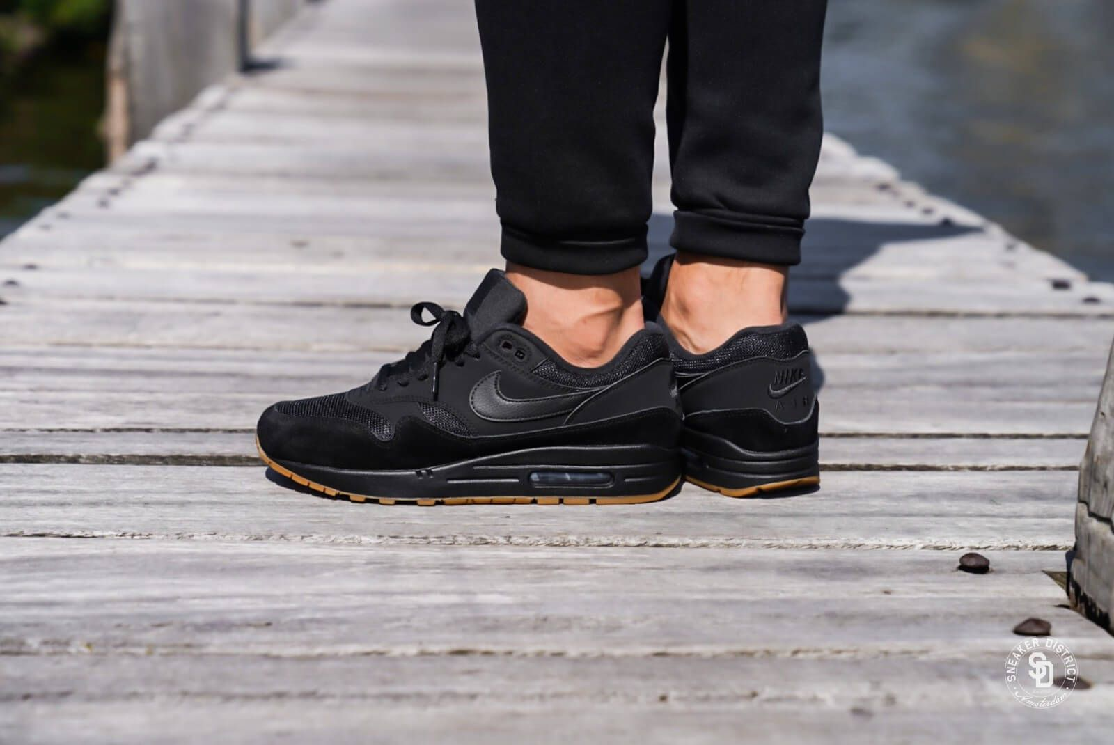 big sale 5efd5 5cf07 Nike Air Max 1 BlackBlack-Gum - AH8145-007