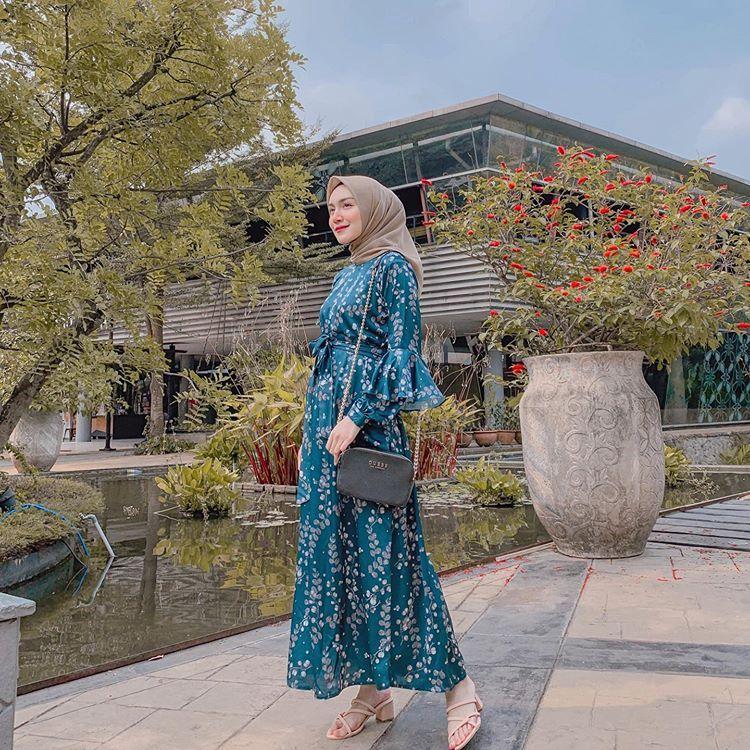 Melody Prima Ananda Di Instagram Today S Outfit Hari Ini Aku