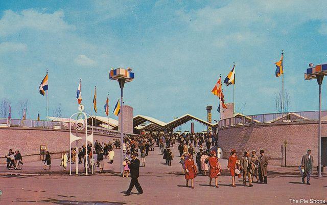 Subway and Railroad Entrance - 1964-65 New York World's ...