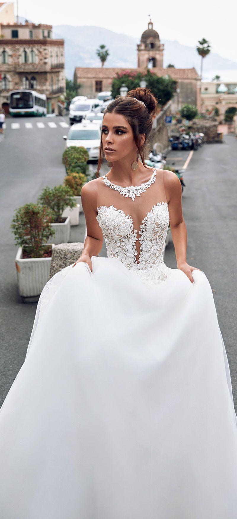 61 Elegant sleeveless Wedding Dresses For Romantic Celebration