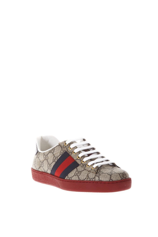 bb80e54ea1 GUCCI ACE GG SUPREME SNEAKERS. #gucci #shoes # Hombres Gucci, Zapatos Gucci