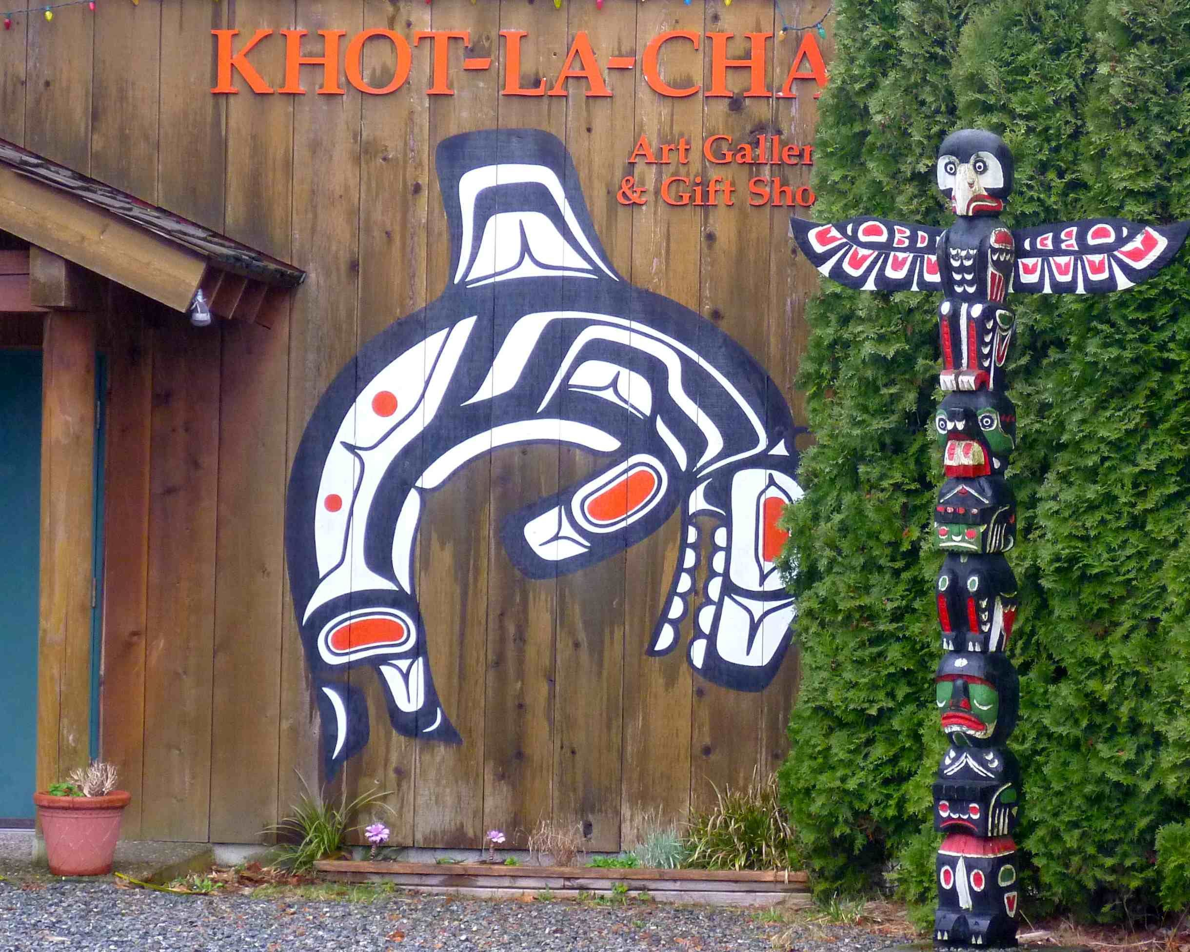 Totem Outside Of Khot La Cha First Nations Art Gallery And