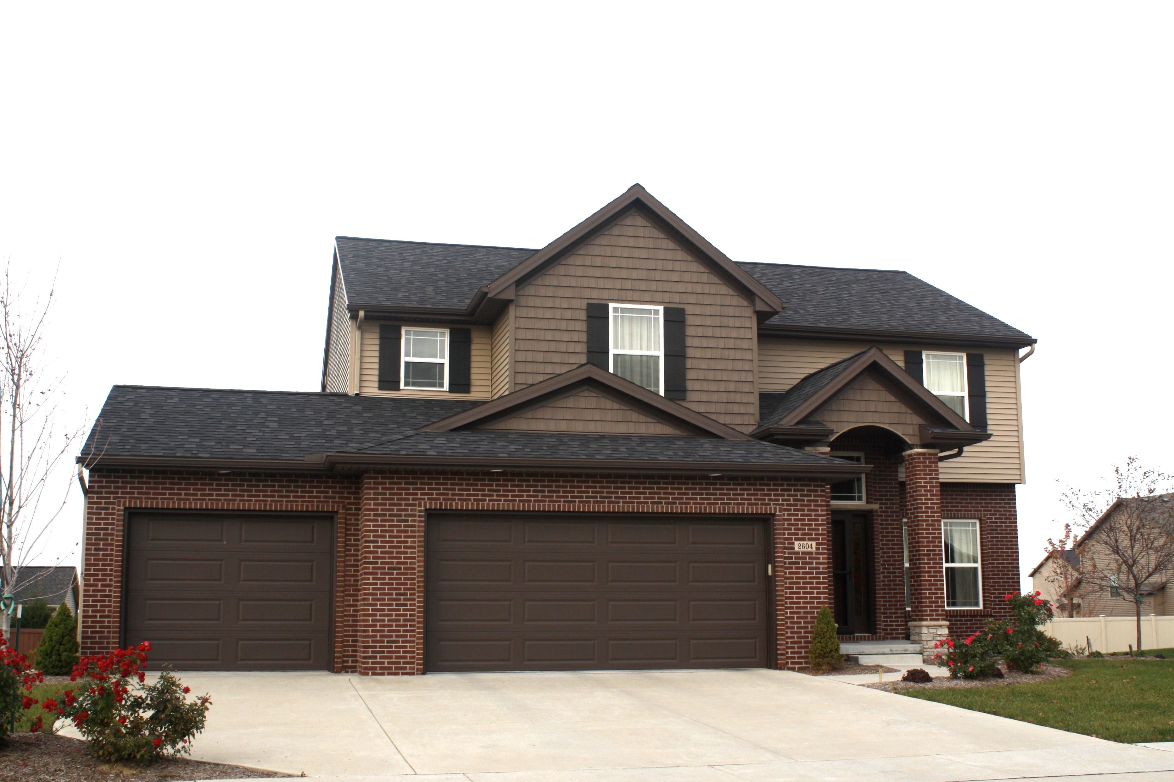 Best Black Roof Certainteed Sable Brown Shakes Mastic 400 x 300