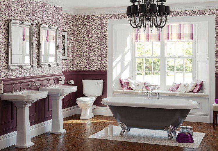 parquet en chevron dans la salle de bain, baignoire sabot