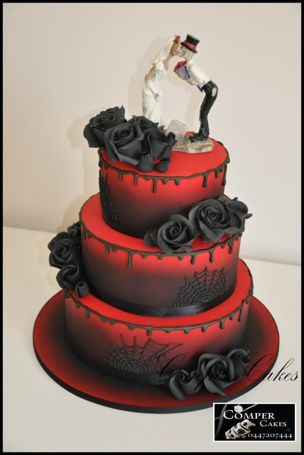 Halloween+Wedding+Cake+-+Cake+by+Comper+Cakes