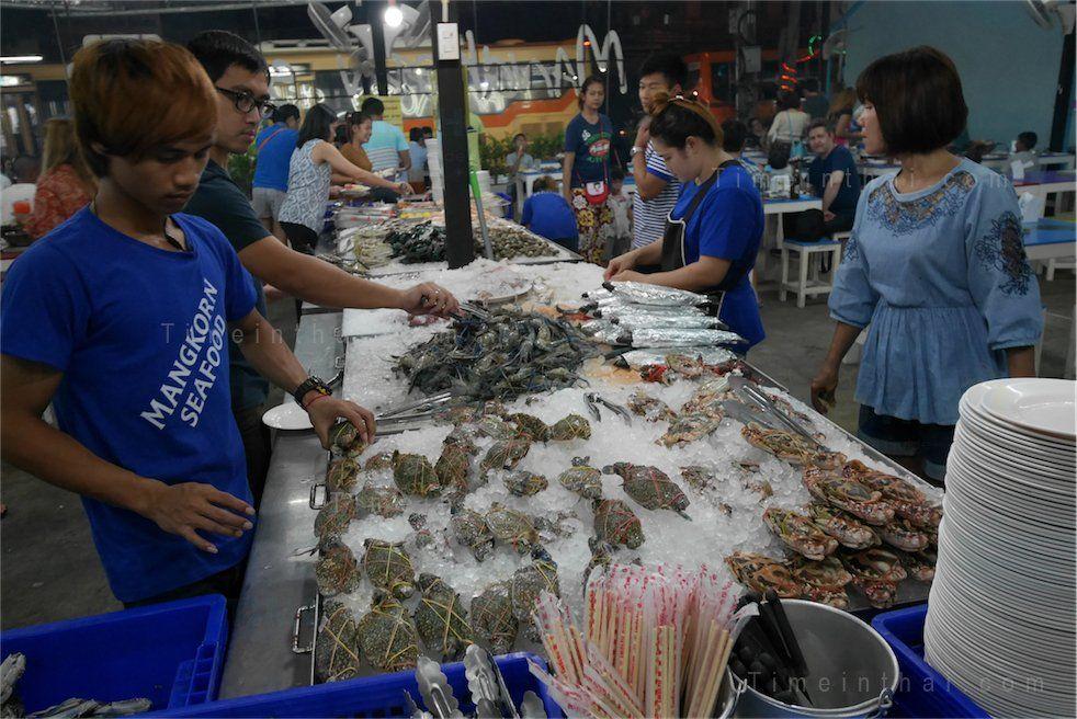Mangkorn Seafood 399 Baht Seafood Bbq Buffet In Bangkok Bbq Seafood Seafood Bbq