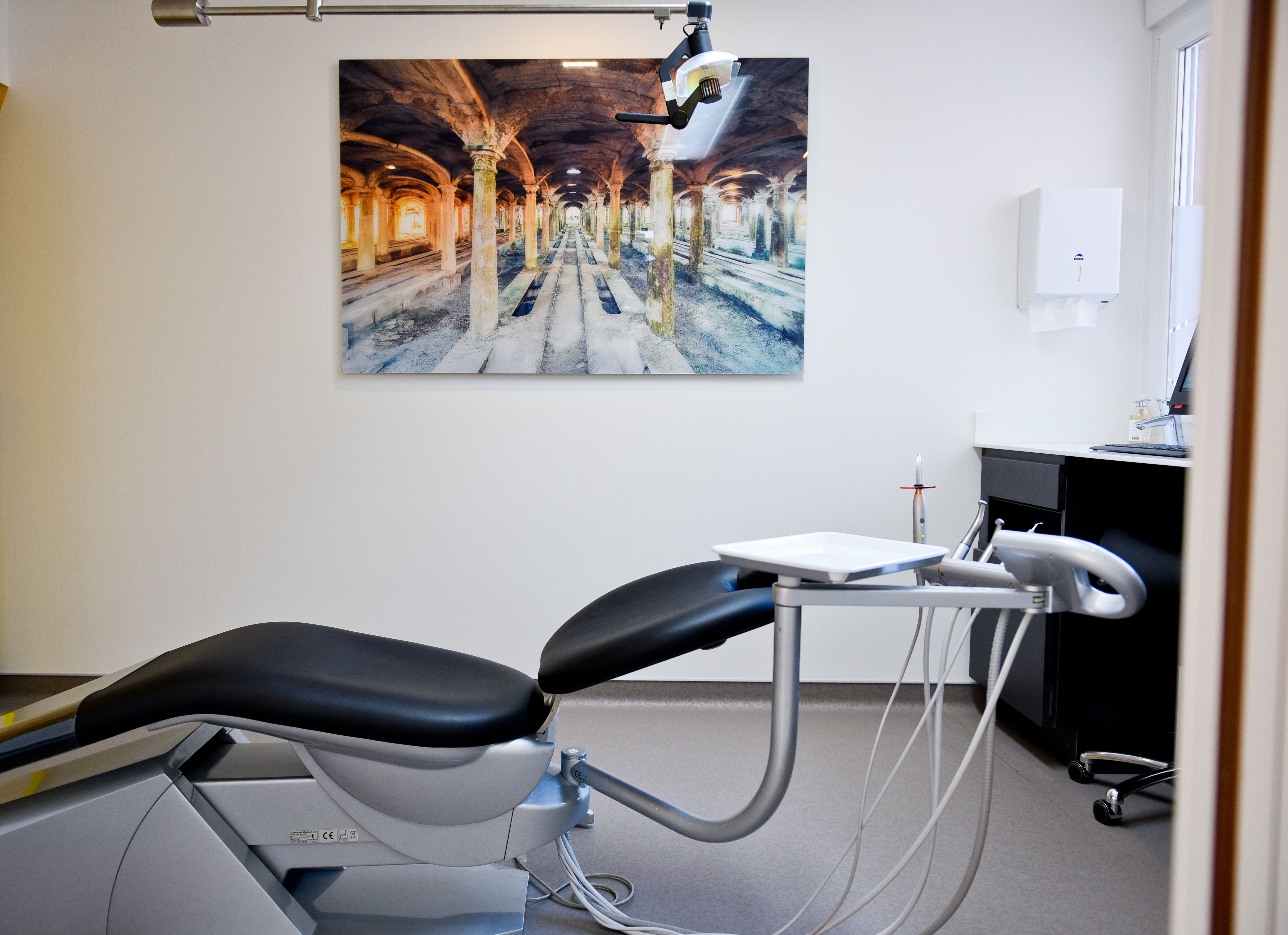 Fauteuil De Chirurgie Dentaire Et Lampe Dkl Projects