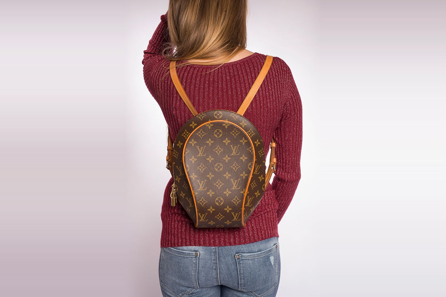 Superbe Sac à dos Louis Vuitton Ellipse Authentique d occasion en toile  Monogram brun A 9db8fa244c8