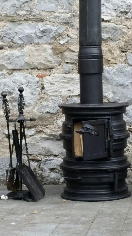 Pratite me na fejsbuk stranici for Rocket stove inside fireplace